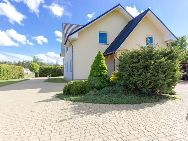 Dom Strzebielino