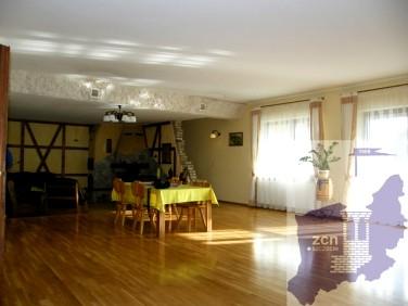 Dom Tanowo