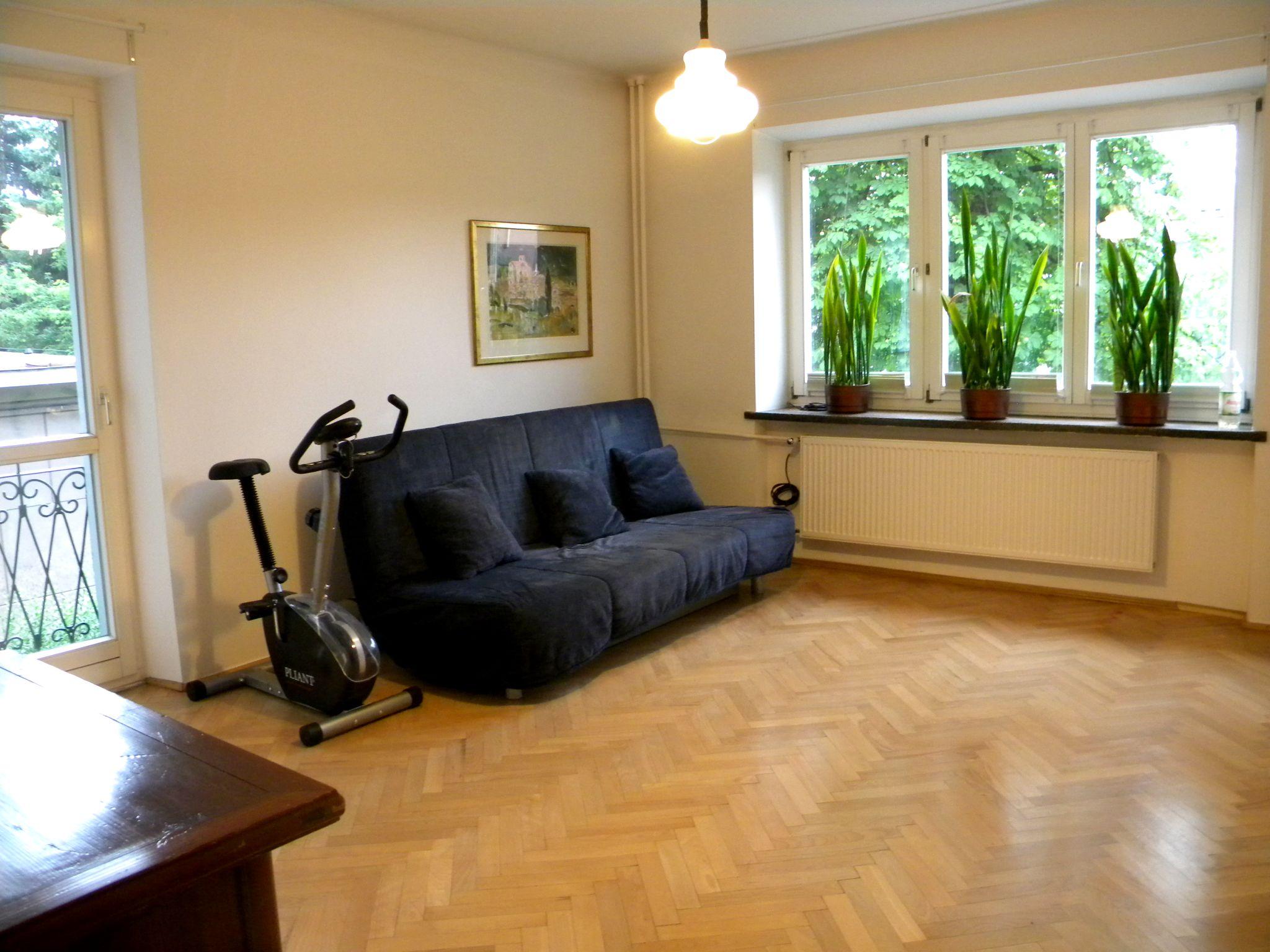 Sprzedam Mieszkanie W Bloku Mieszkalnym M2 Z Kuchnia W Zabudowie