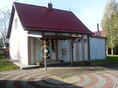 Dom Tuja