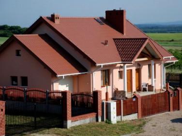 Dom Pierzchnica