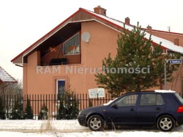 Dom Serby