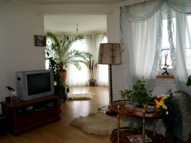 Dom Sowia Wola
