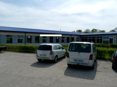 Budynek użytkowy Czernin