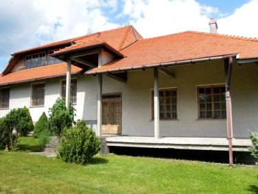 Dom Wierzbna