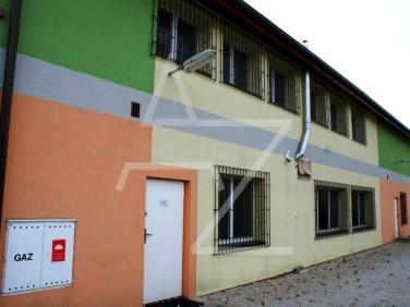 Budynek użytkowy Brzostków