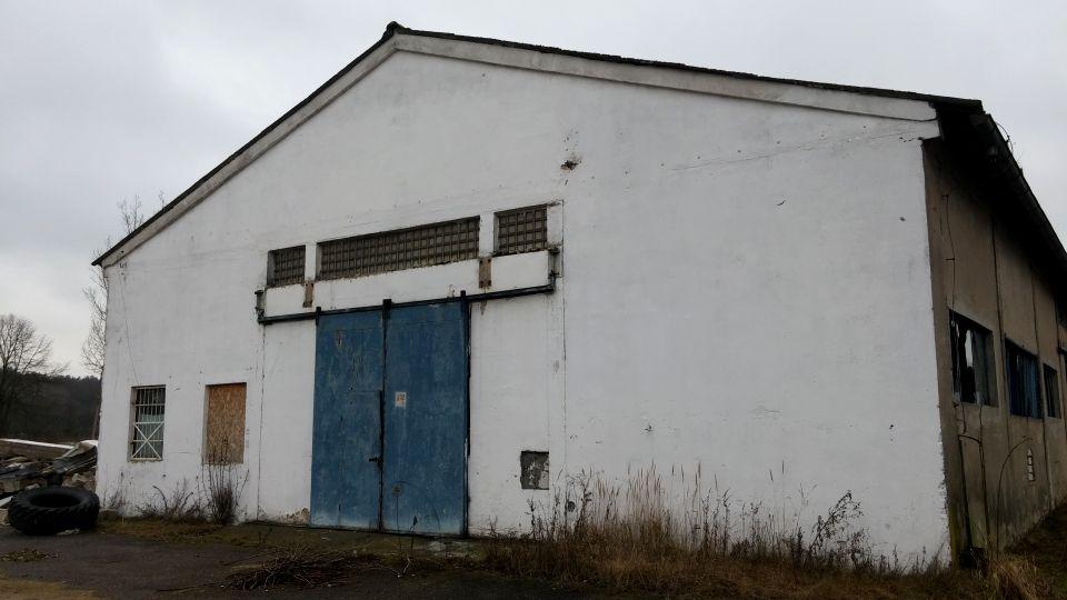 Budynek użytkowy piła