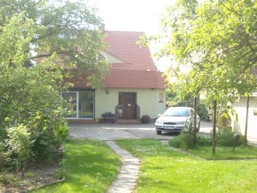 Dom Borek Strzeliński