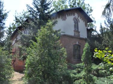 Budynek użytkowy Milanówek