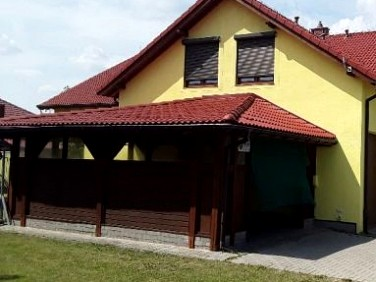 Dom Dołuje