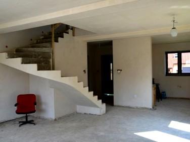 Dom Steklno
