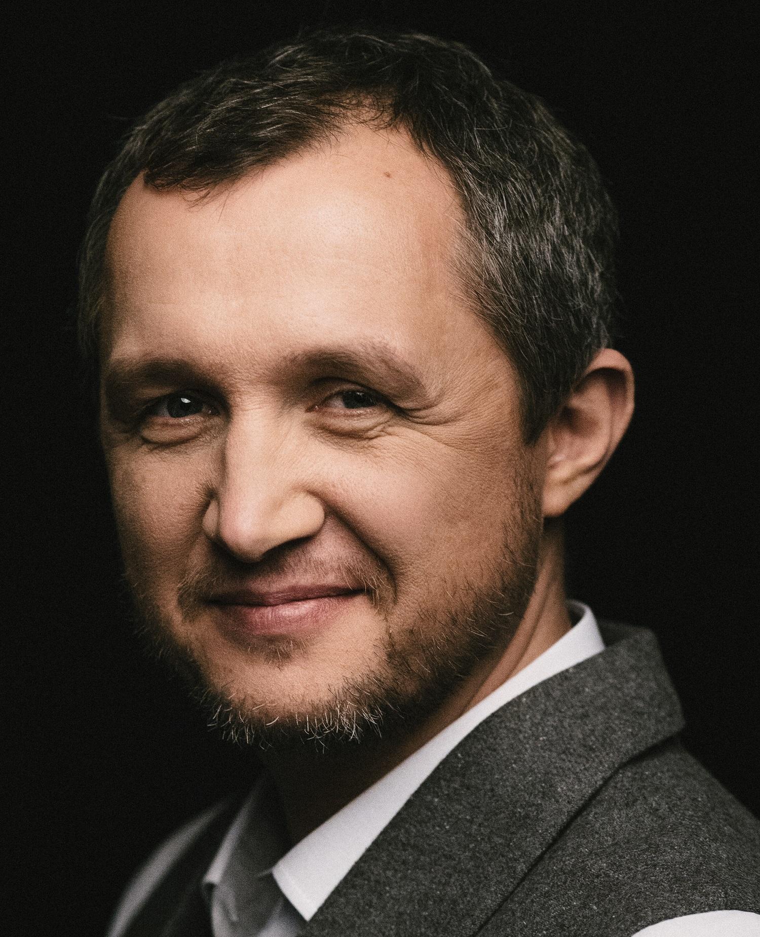 Dr Tomasz Mazur